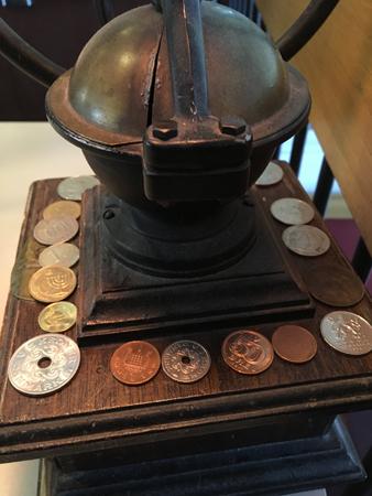 Mynt på kaffekvarn
