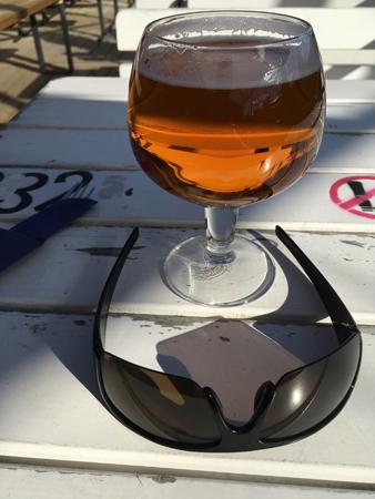 Öl och solbrillor