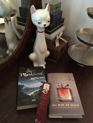 Böckerna Pärlfarmen och En bur av guld