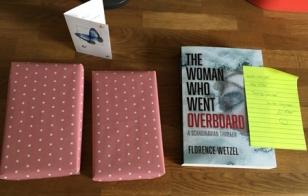 Paket från FEM o recensionsexemplar från Florence W