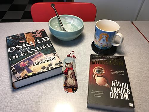 Avslutad frukost och böckerna Oskuld och oleander samt När du vänder dig om